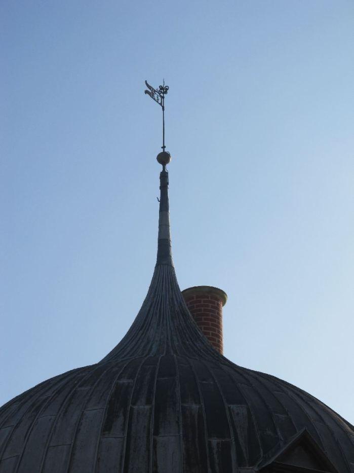Jeg har aldrig lagt mærke til den skorsten før - jeg kommer ellers tit forbi Frederiksborg Slot